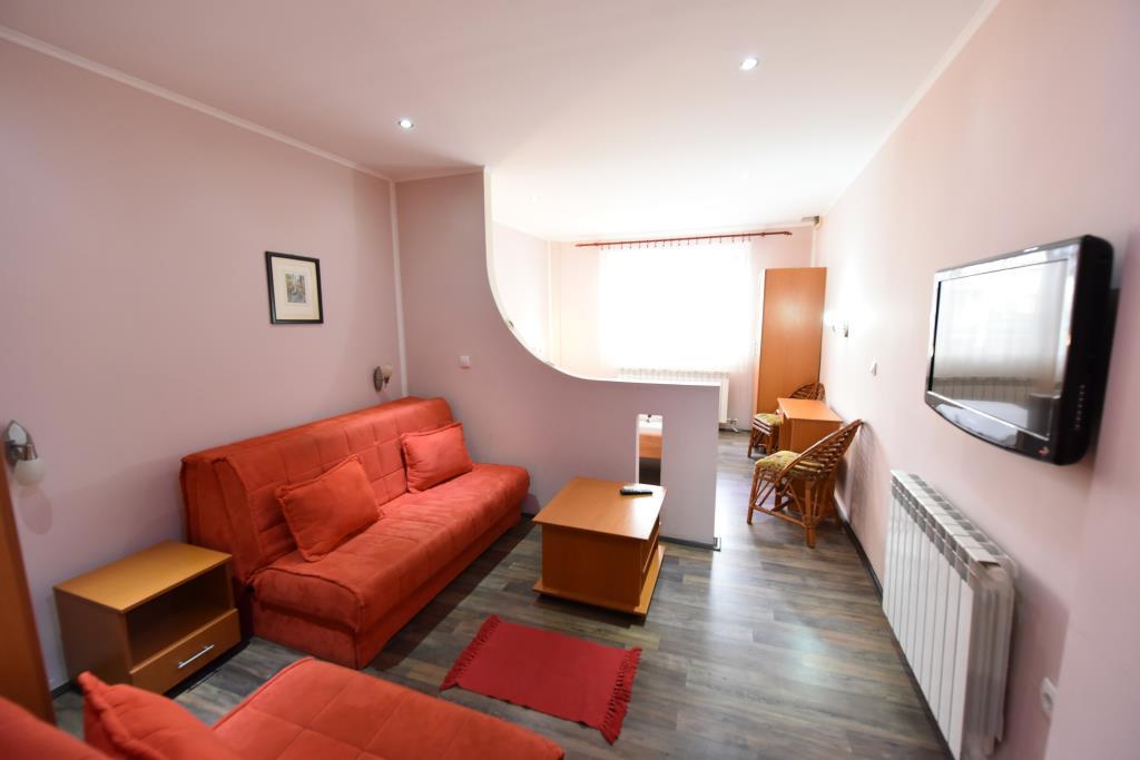 Prenociste Novi Sad, sobe i apartmani za izdavanje