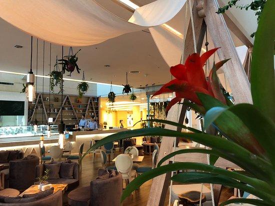 Konobarica/ konobar Doha – Qatar