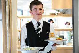 U Atinskoj Grčkoj potrebni su konobari i konobarice